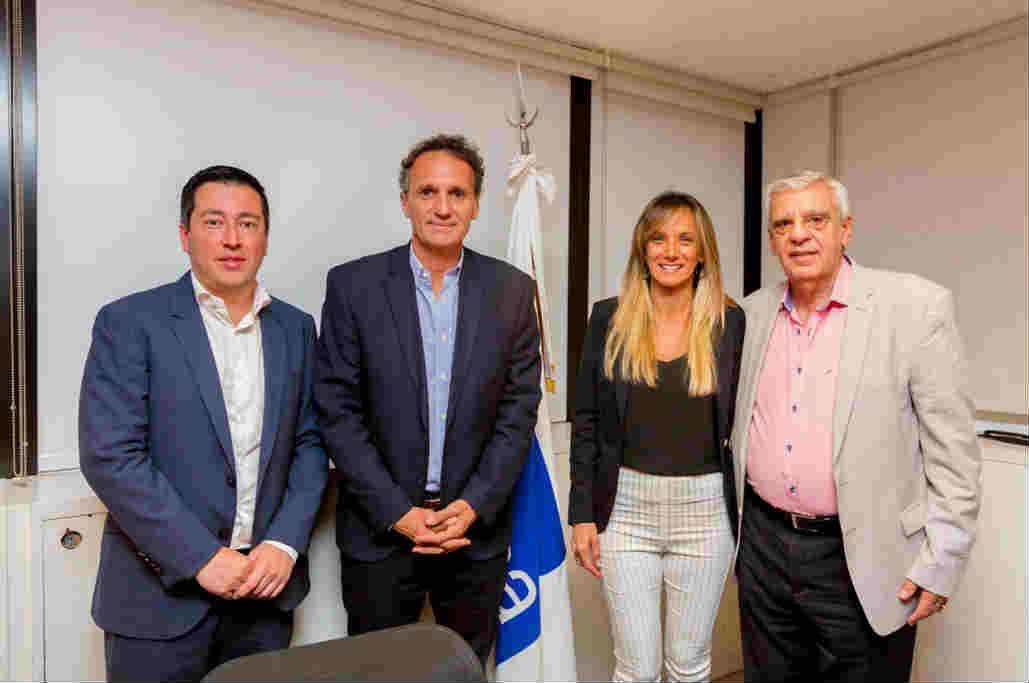 Malena Galmarini se convirtió en la primera  presidenta mujer de AySA