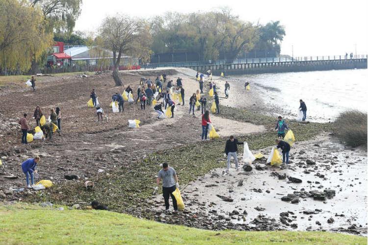 Vuelven las jornadas de limpieza en la costa de San Isidro