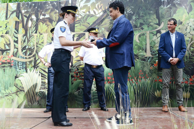 Jorge Macri reconoció a agentes de la Policía Bonaerense en su día