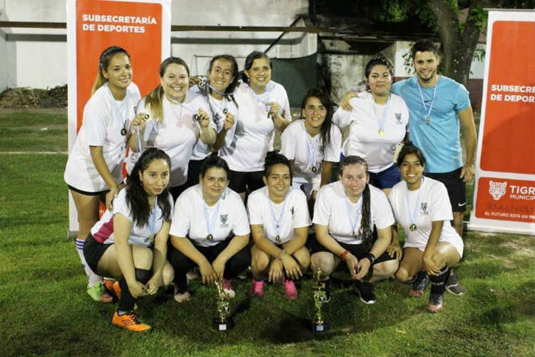 """""""Torneos Tigrenses"""": las chicas de los Polideportivos San Martín, Mariano Moreno y Zabala se consagraron campeonas en fútbol femenino"""