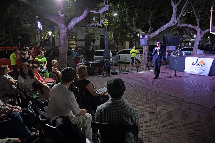 "Se celebró ""Janucá"" por primera vez en San Fernando"
