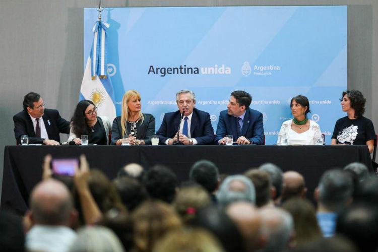 El presidente Alberto Fernández encabezó esta mañana en el Museo del Bicentenario el acto de presentación del Plan Nacional de Lecturas