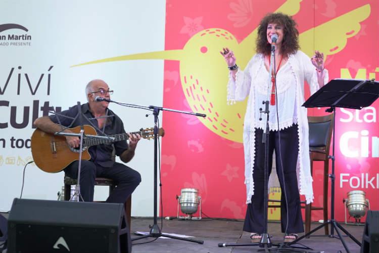 Con recitales de Julia Zenko y Turf, el primer fin de semana de Viví Cultura se disfrutó a pleno en San Martín