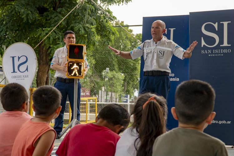 San Isidro: los chicos aprenden educación vial en las colonias de verano