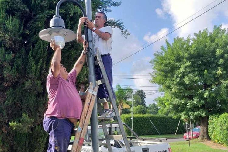 En Ricardo Rojas y El Talar, el Municipio conectó nuevo alumbrado público