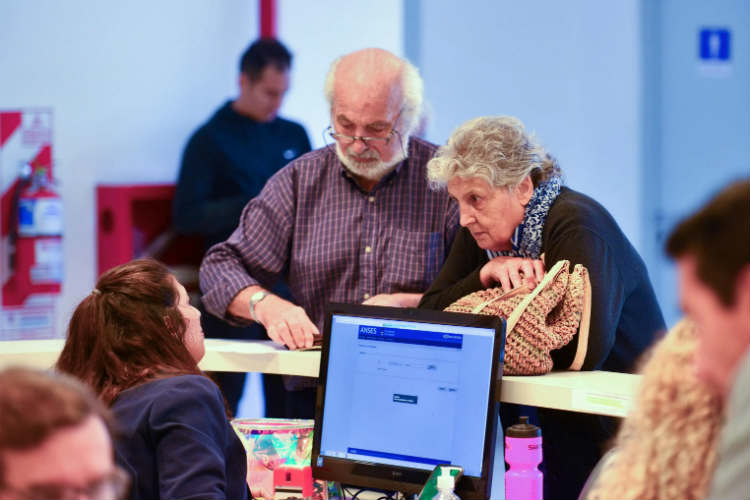Jubilados y pensionados pueden nombrar a un apoderado para tramitar y percibir haberes