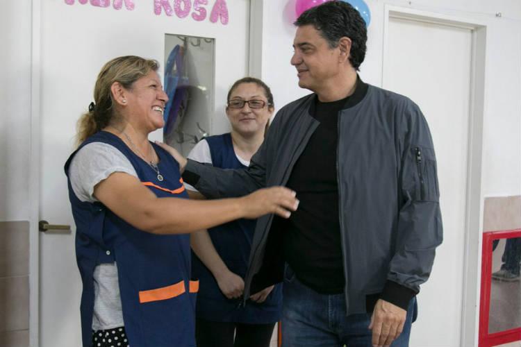 Jorge Macri visitó la colonia del Maternal Nº 9