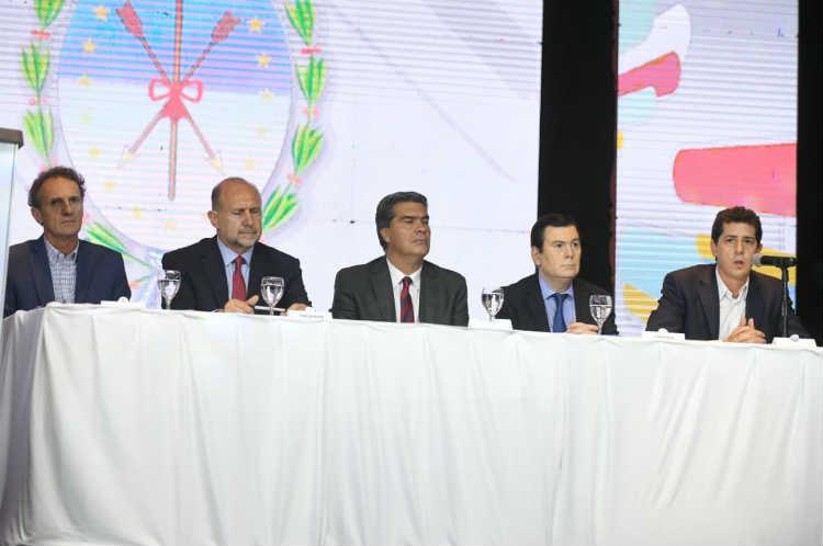 Impulsan un  plan hídrico para Chaco, Santa Fe y Santiago del Estero