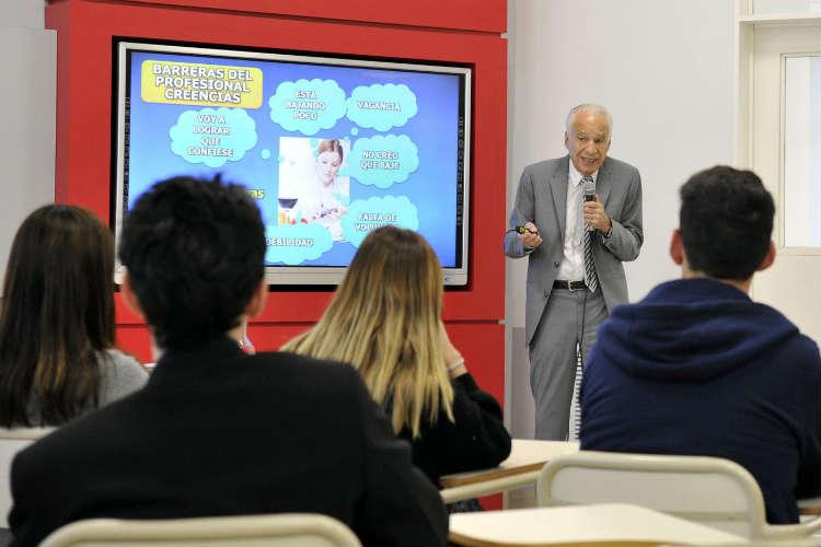 Alberto Cormillot abrió un nuevo año de la Licenciatura en Nutrición en Tigre