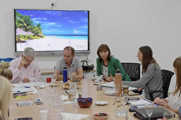 San Fernando y las nuevas autoridades del Hospital Provincial planifican políticas integrales de salud