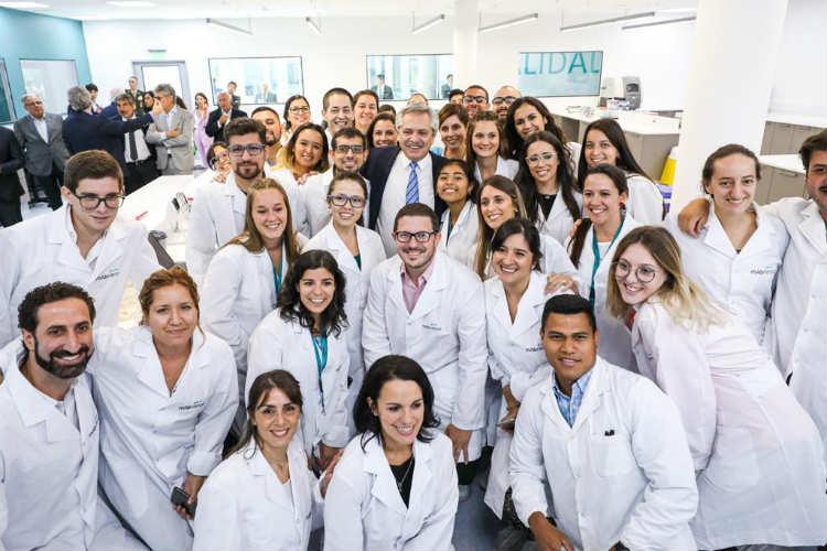 Alberto Fernández asistió a la inauguración de una planta de medicamentos biológicos en Escobar
