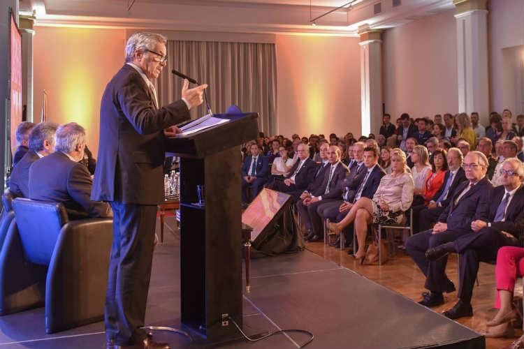 """El canciller Solá afirmó que """"defender la soberanía argentina en la antártida requiere coherencia y vocación nacional"""""""
