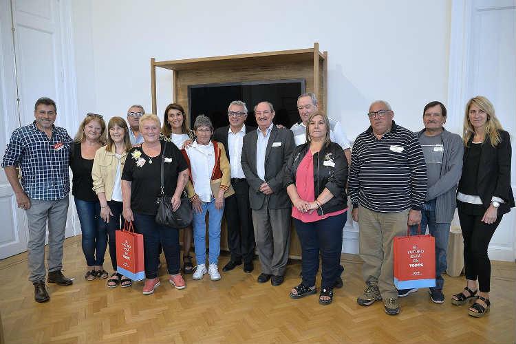 Julio Zamora reconoció la labor de trabajadores municipales jubilados de Tigre