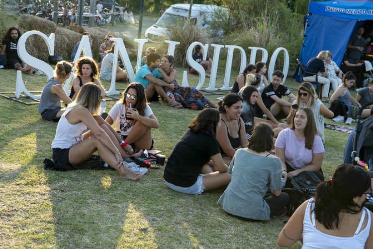 Una multitud disfruto en San Isidro del Parador Konex