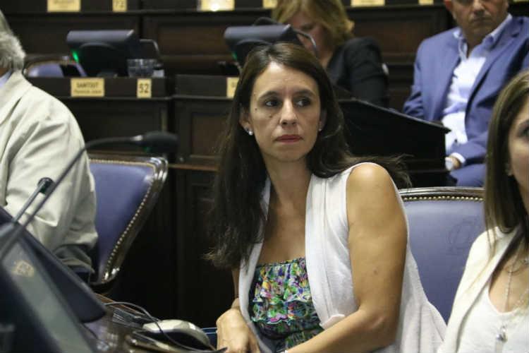 """Roxana López: """"La Provincia tiene nuevas prioridades: la niñez y los sectores postergados"""""""