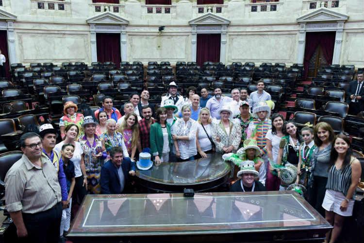 La Cámara de Diputados reconoció el trabajo de San Fernando y sus murgas