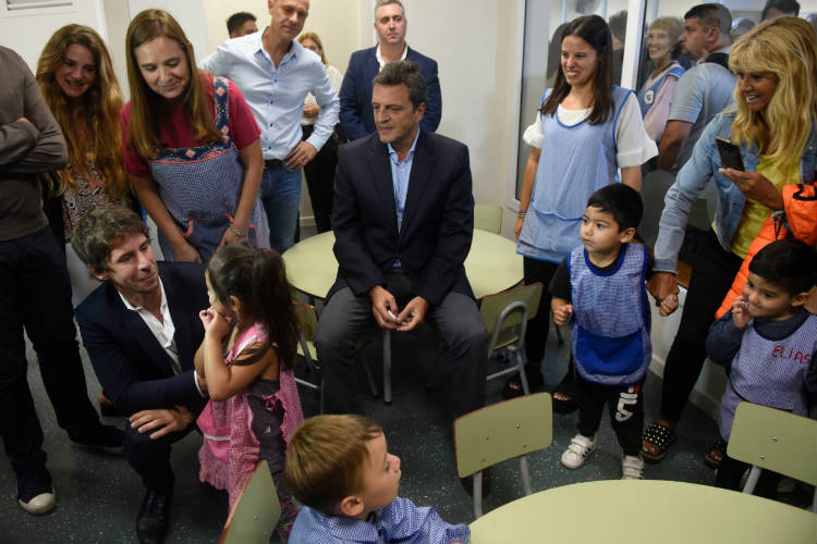 """Sergio Massa en San Fernando: """"Lo más importante que tenemos es el futuro de nuestros hijos"""""""