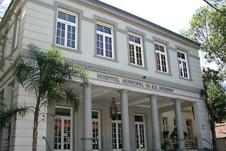 Dos vecinas de Vicente López fueron dadas de alta del Hospital Municipal Houssay