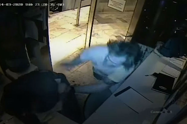 Un hombre agredió a golpes al guardia de un edificio de Vicente López que lo increpó por no aislarse