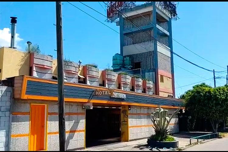 El Municipio de San Fernando montó ésta mañana un operativo especial para verificar el cumplimiento de las cuarentena dispuesta por el gobierno nacional. Durante el procedimiento se cerró el Hotel Micos.