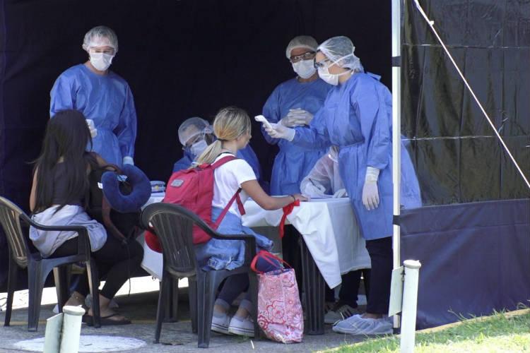 San Isidro controló a 30 vecinos repatriados de Brasil