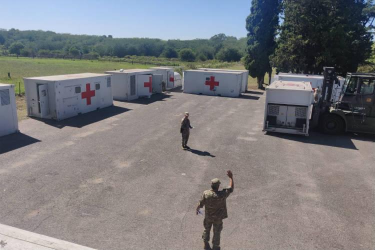 Instalan un hospital reubicable en Campo de Mayo para ampliar la capacidad de atención