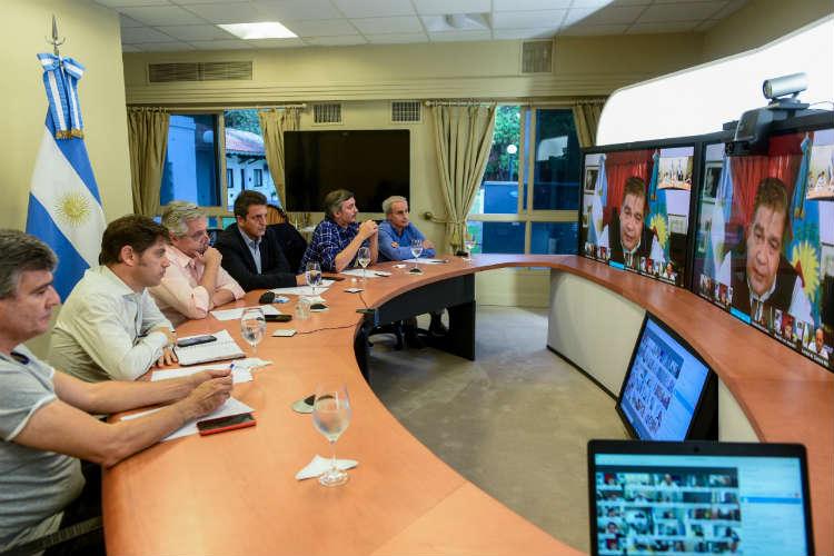 Alberto Fernández mantuvo una videoconferencia con intendentes bonaerenses