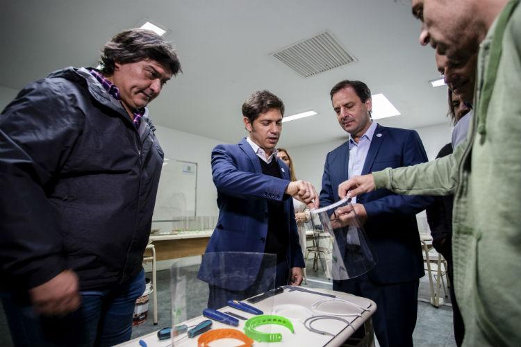 """Kicillof visitó Escobar y afirmó que la provincia duplicó la cantidad de camas """"críticas"""""""