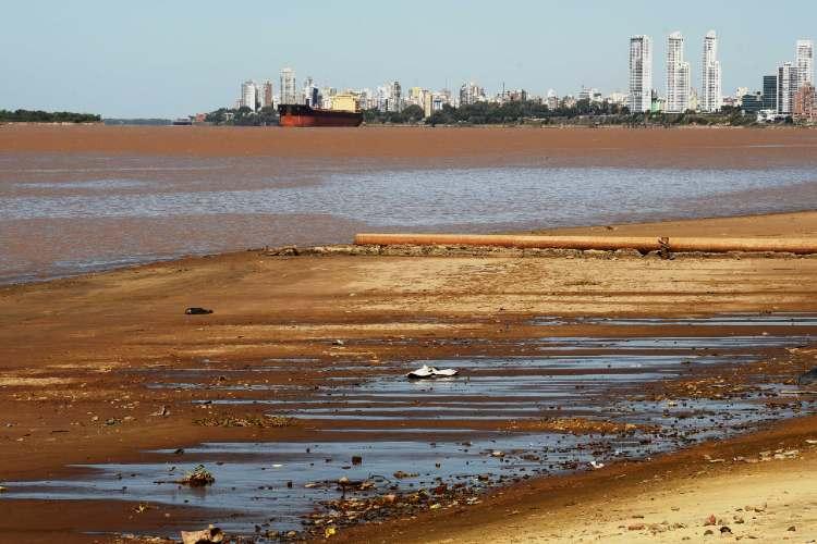El río Paraná continúa bajando en la capital de Entre Ríos