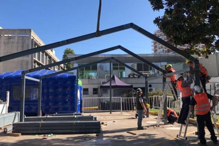 San Isidro construye dos módulos sanitarios por el coronavirus