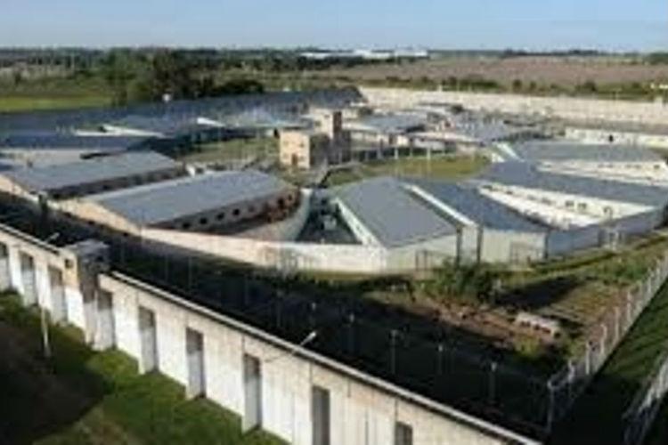 Sancionan la ley que expropia inmuebles para construir cárceles y alcaidías bonaerenses