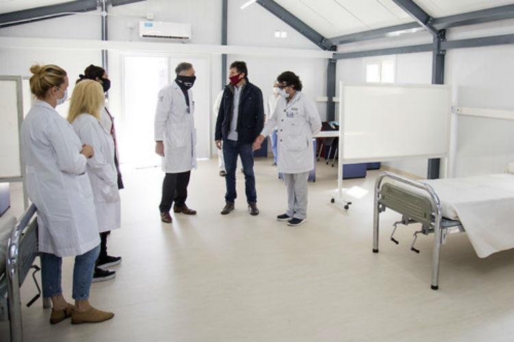 Instalan un nuevo módulo sanitario en el Hospital Central de San Isidro