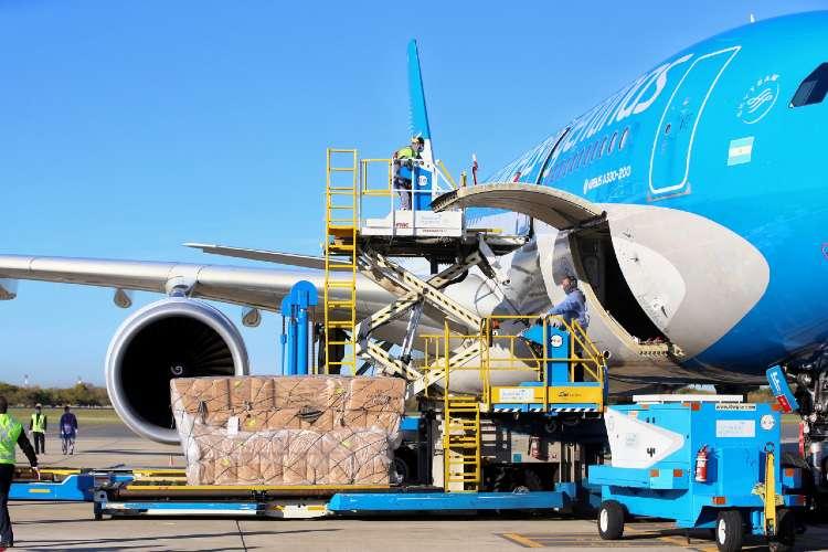 Aerolíneas Argentinas comunicó al personal la suspensión de una parte de sus empleados