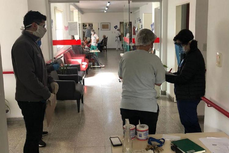 Tigre realizó operativos de prevención y concientización sobre COVID-19 en residencias para adultos mayores
