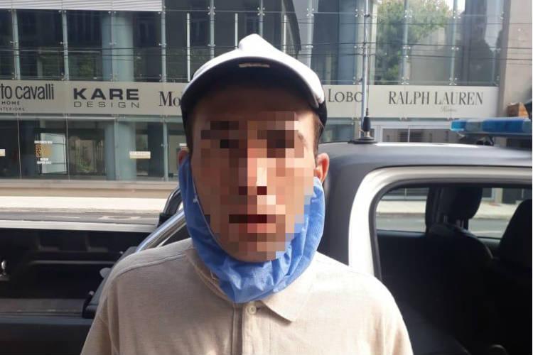 Un Hombre de 31 años oriundo de la localidad de Maquinista Savio y sobre él que pesaba un pedido de captura por robo de vehículo fue detenido en las ultimas horas en Vicente López.
