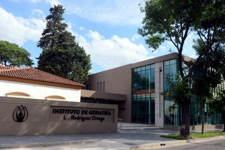 Vicente López aplica medidas de seguridad en el geriátrico municipal