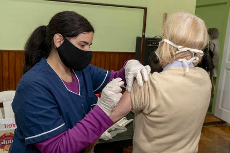 Más de 2.500 adultos mayores ya se vacunaron contra la gripe en San Isidro