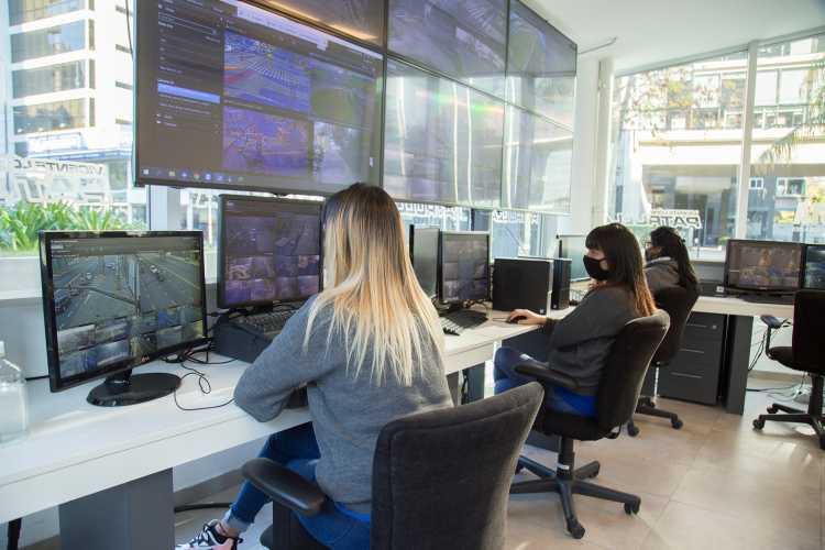 Vicente López descentraliza tareas y personal del Centro de Monitoreo