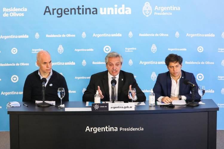 """Cumbre en Olivos: Nación, Provincia y Ciudad acordaron que """"si sigue la actual tendencia, en los próximos días se vuelve atrás"""