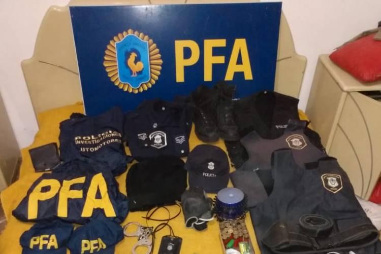 Desbaratan banda de falsos policías en una serie de allanamientos en el conurbano