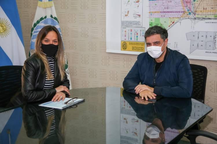 Malena Galmarini tuvo un encuentro de trabajo con Jorge Macri por obras de AySA en Vicente López