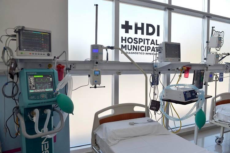 Julio Zamora presentó los 10 nuevos respiradores del Hospital Municipal de Benavídez