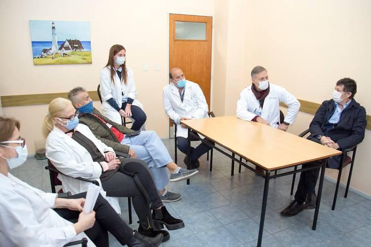 En San Isidro tratan con plasma de convalecientes a pacientes con Covid-19