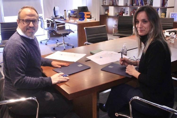 Malena Galmarini y  Diego Valenzuela firmaron convenio para obras en Tres de Febrero