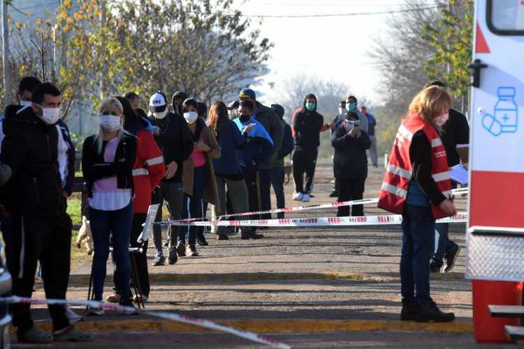 Barrio San Jorge de Tigre: 27 personas recuperadas de coronavirus vuelven a sus hogares