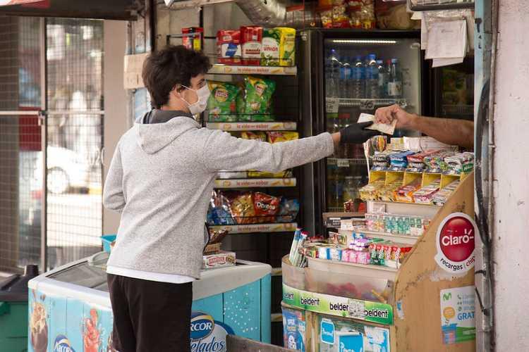 Más de 680 comercios habilitados en San Isidro