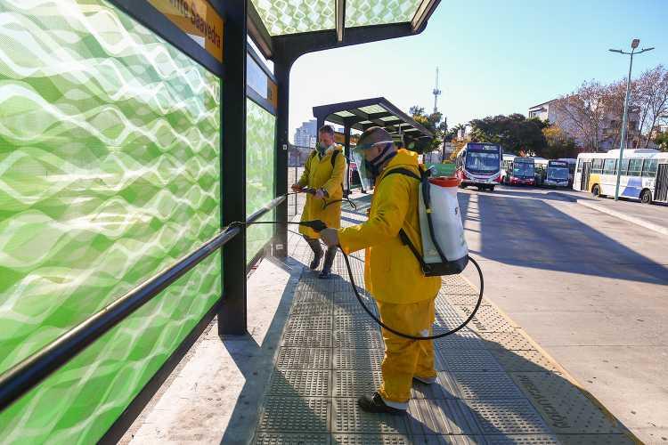 Vicente López intensifica la higienización urbana en los lugares con mayor concurrencia
