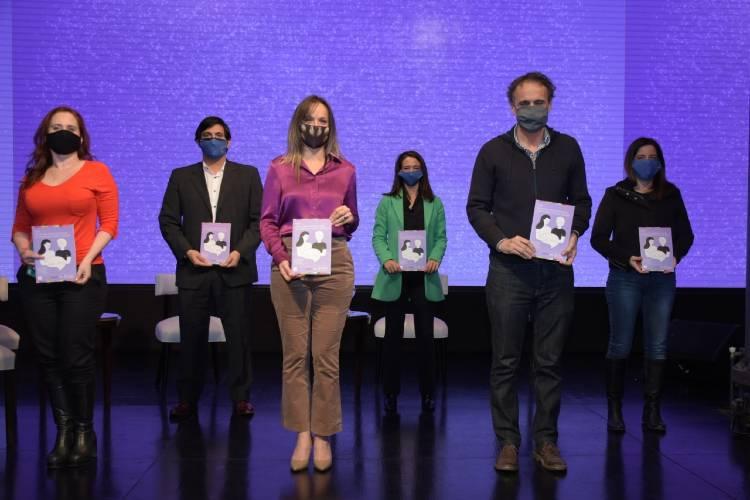 Malena Galmarini y Gabriel Katopodis presentaron las Políticas de Género de AySA