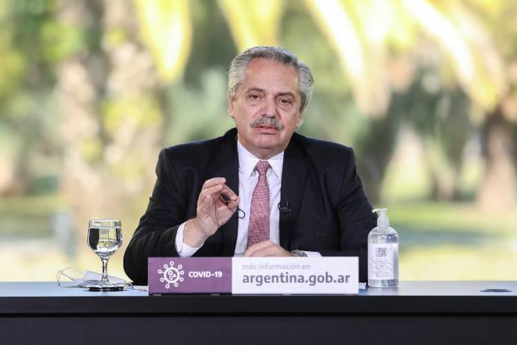 Alberto Fernández, Procrear