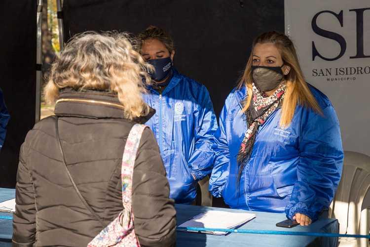 Trabajadores sociales de San Isidro: ¿Cómo le hacen frente al coronavirus?